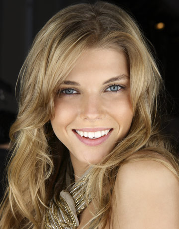 Sasha Pivovarova - Fashion Model - Profile on New York Alexander mcqueen fashion bio