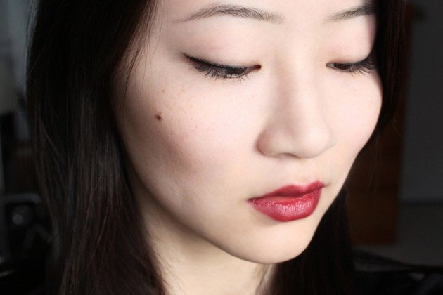 Gold and black winged liner look (s)