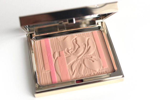 Clarins face powder review - Palette Eclat