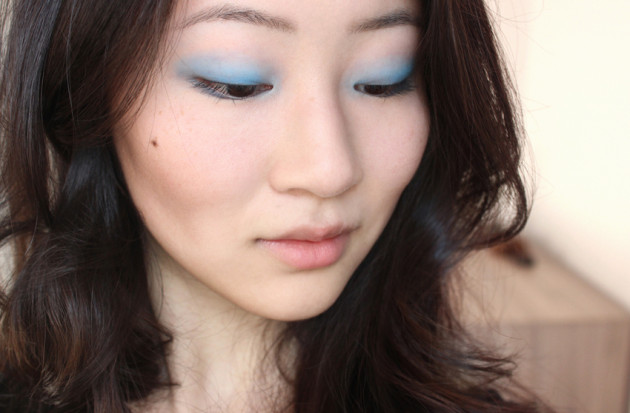 !Cornflower blue pasetel makeup look