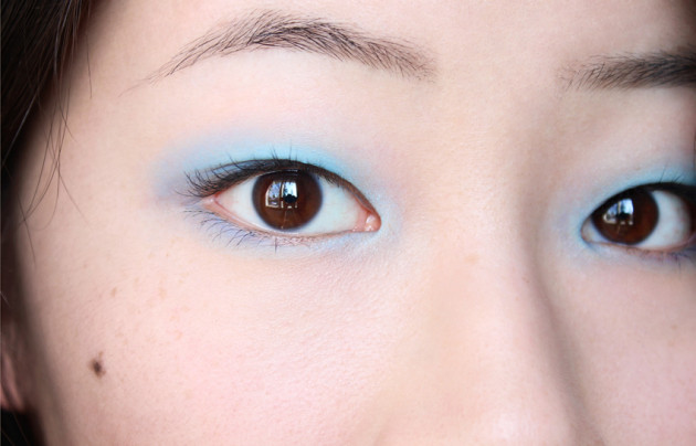 !Pastel bright blue eyes
