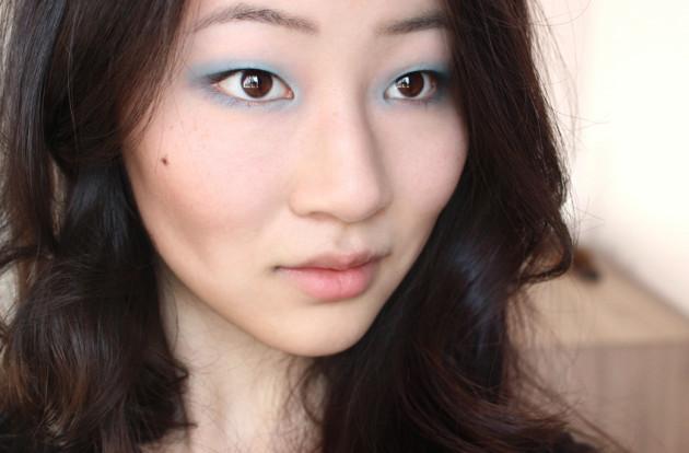 !Soft blue eyeshadow Topshop look