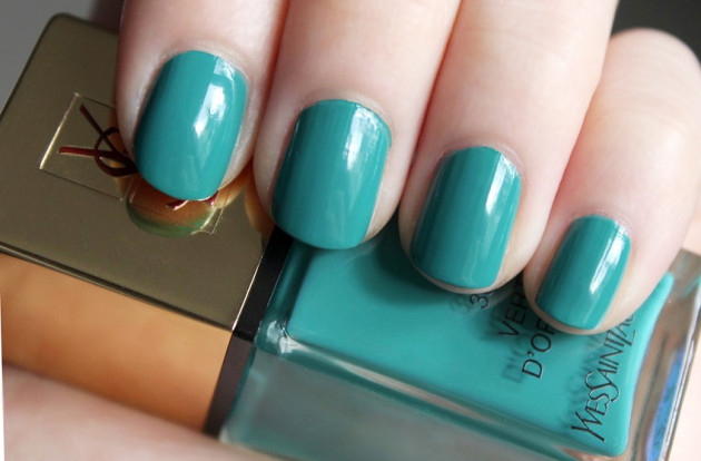 YSL nail polish review swatch - Vert d'Orient