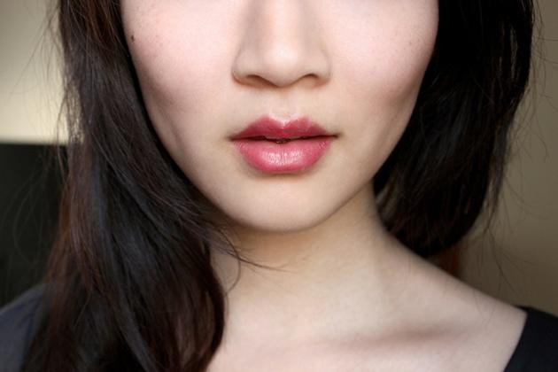 Annabelle Fizz swatch TwistUp Retractable Lipstick