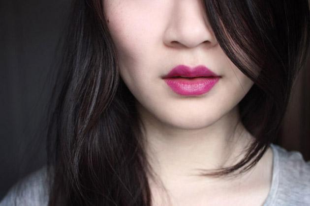 Annabelle Royale swatch - TwistUp lipstick