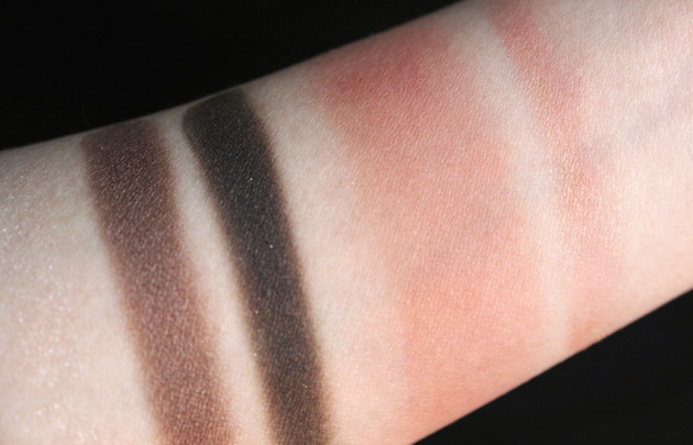 Clarins Face & Blush Powder swatches review Graphic Expression
