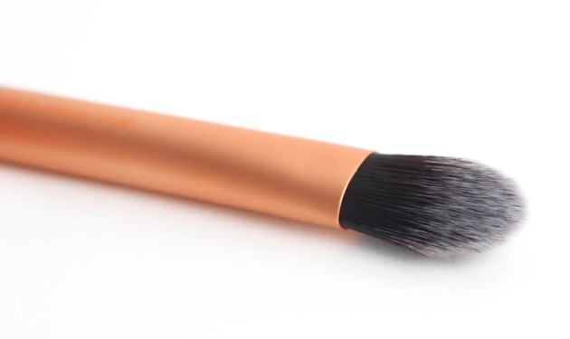 Real Techniques Foundation Brush review