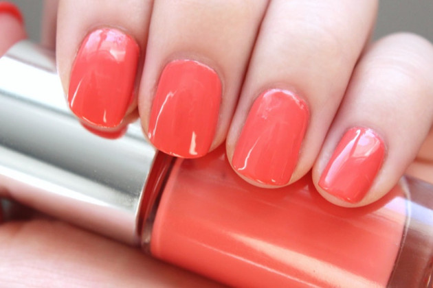 Clinique Really Rio swatch A Different Nail Enamel