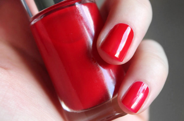 Clinique Red Red Red swatch A Different Nail Enamel