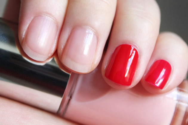 Clinique Sweet Tooth, Red swatch