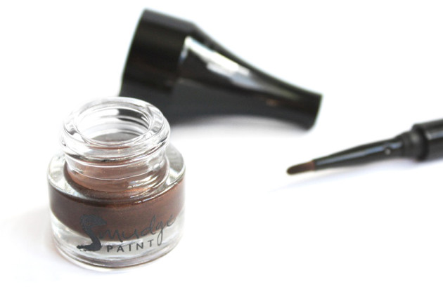 Annabelle Muddy Gel Liner shadow review