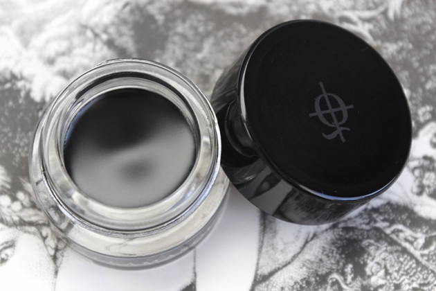 Illamasqua Precision Gel Liner Infinity review