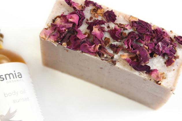 Osmia Milky Rose review
