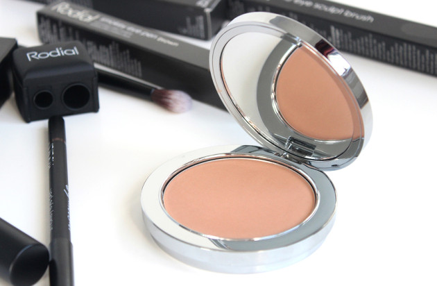 Rodial Instaglam Bronzing Powder review swatches photos