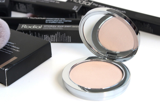 Rodial Instaglam Illuminating Powder review swatches photos
