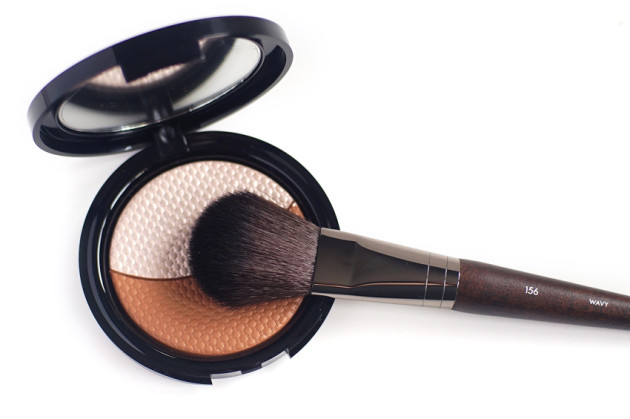 Make Up For Ever contouring duo Flat Roung Brush review