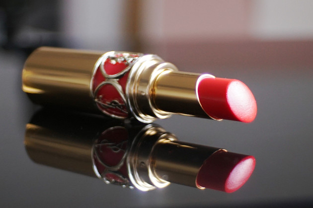 YSL Coral Incandescent lipstick review swatches