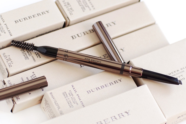 Burberry Ash Brown eyebrow definer review