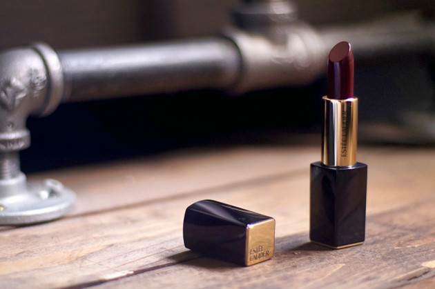Estee Lauder Pure Color Envy lipstick Commanding review swatches
