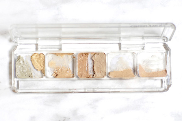 Silicone free foundation palette