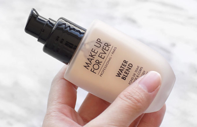 make-up-for-ever-water-blend-foundation-review-y215