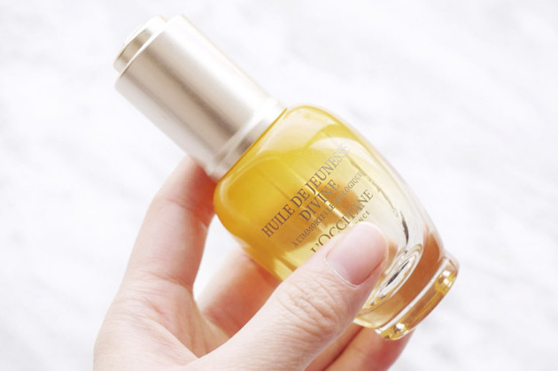 loccitane-immortelle-divine-youth-oil-review-photos-splurge-gift-guide