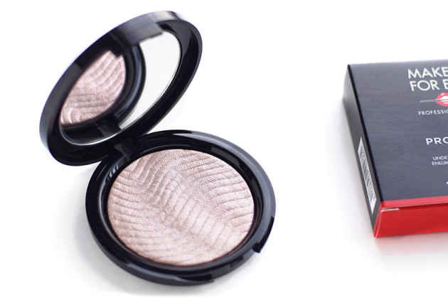 make-up-for-ever-pro-light-fusion-01-review-swatches-photos