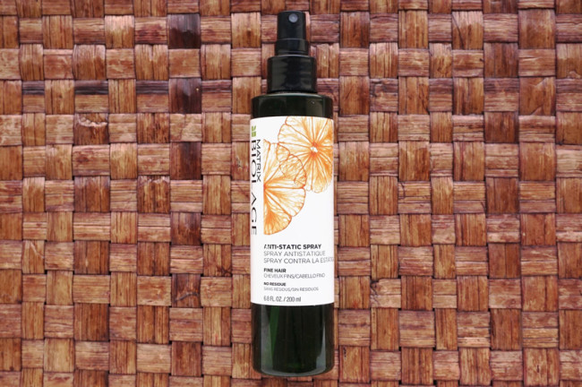Matrix biolage anti-static spray winter hair