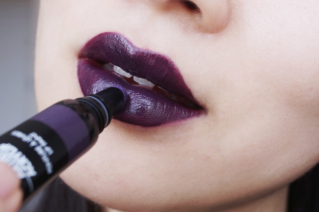 Make Up For Ever Artist Acrylip review 600 dark purple