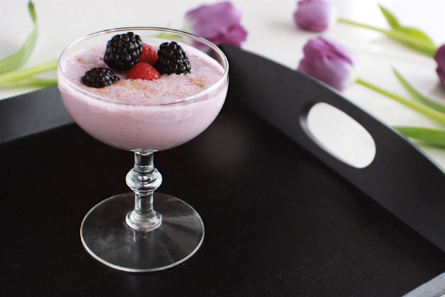 Boozy berry smoothie recipe